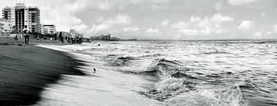 As The Tide Rolls In Art Print by Cher Ferroggiaro