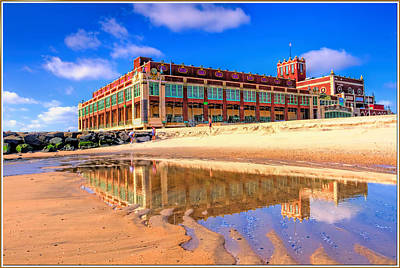 Asbury Park Painting - Asbury Park Reflection by Geraldine Scull