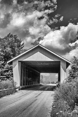 Photograph - Ashtabula Collection - Giddings Road Covered Bridge 7k02044b by Guy Whiteley