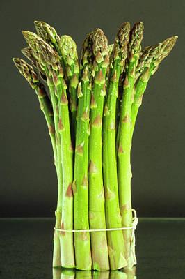 Asparagus Wall Art - Photograph - Asparagus Spears by Th Foto-werbung/science Photo Library