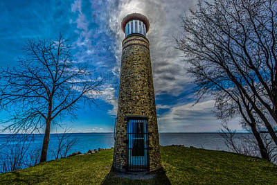Photograph - Asylum Point Lighthouse by Randy Scherkenbach