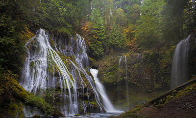Stream Photograph - At The Bottom Of Panther Creek Falls by David Gn