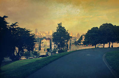Downtown San Francisco Photograph - At The Curve by Laurie Search