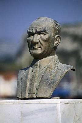 Statue Portrait Photograph - Atat�rk, Kemal 1881-1938. Turkish by Everett
