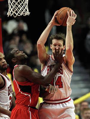 Chicago Photograph - Atlanta Hawks V Chicago Bulls by Jonathan Daniel