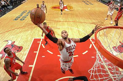 Photograph - Atlanta Hawks V Chicago Bulls by Randy Belice