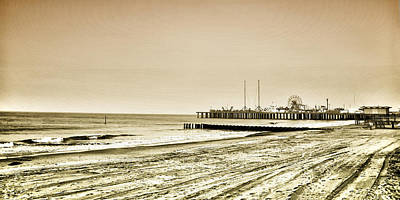 Atlantic City Beach In Sepia Art Print by Bill Cannon