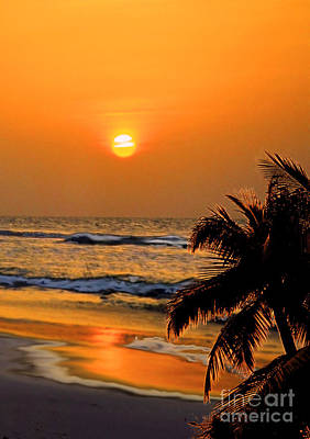 Photograph - Atlantic Sun Rising by Kathy Baccari