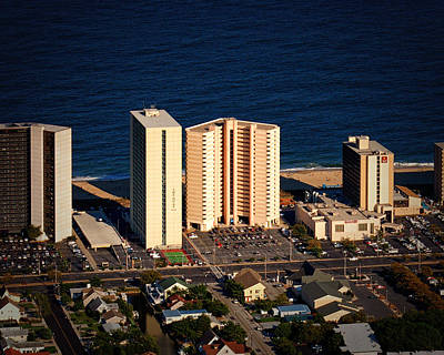 Photograph - Atlantis Condominium Ocean City Md by Bill Swartwout Fine Art Photography