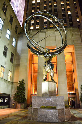 Photograph - Atlas In Rockefeller Center by Guy Whiteley