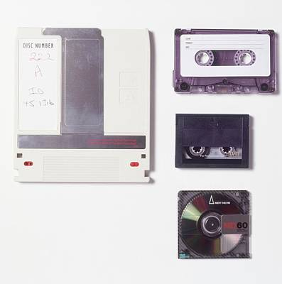 Compact Disc Photograph - Audio Cassette by Dorling Kindersley/uig