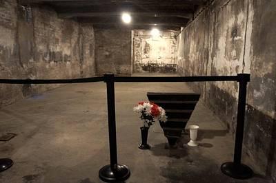 Photograph - Auschwitz - 107 by Rezzan Erguvan-Onal