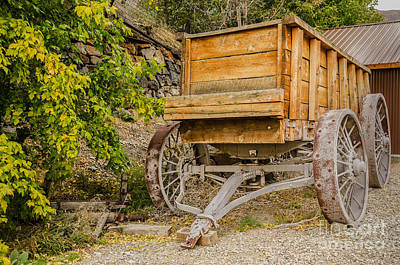Photograph - Authentic Ore Wagon by Sue Smith