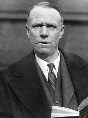 Sinclair Photograph - Author Sinclair Lewis by Underwood Archives