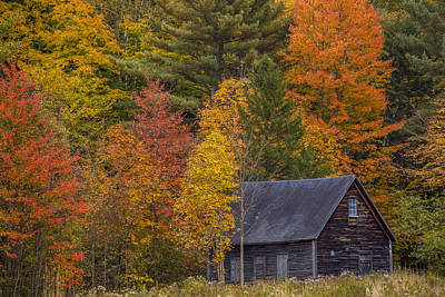 Nh Photograph - Autumn Barn In Easton by Chris Whiton