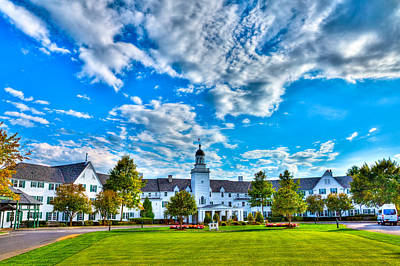 Photograph - Autumn Day At The Sagamore Resort by David Patterson