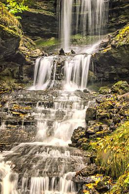 Photograph - Autumn Horseshoe Falls by Peg Runyan