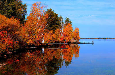 Print featuring the photograph Autumnal Reflections by Larry Trupp