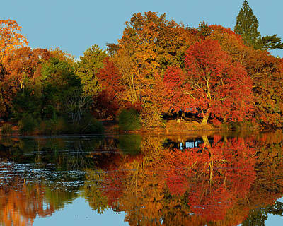 Belmont Lake State Park Wall Art - Photograph - Autumn's End Extented by John R Ward