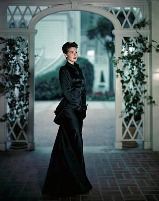 Courtyard Photograph - Ava Gardner Wearing A Long Satin Gown by Luis Lemus