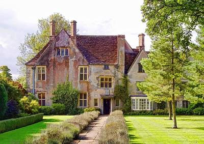 Photograph - Avebury Manor -1 by Paul Gulliver