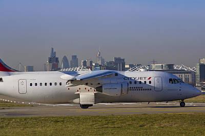 Avro Rj85 Jet London Art Print by David Pyatt