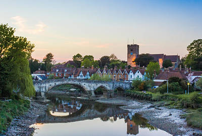 Willow Tree Photograph - Aylesford Village by Ian Hufton