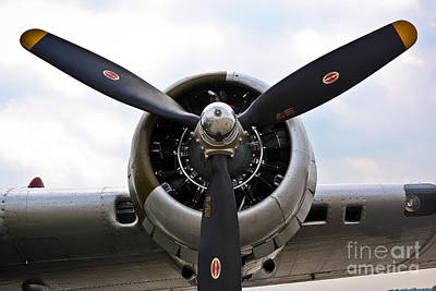 Photograph - B-17 Engine by John Waclo