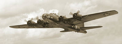 Panoramic Digital Art - B-17 Flying Fortress by Mike McGlothlen