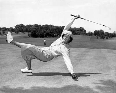 Putt Photograph - Babe Didrikson Zaharias by Underwood Archives