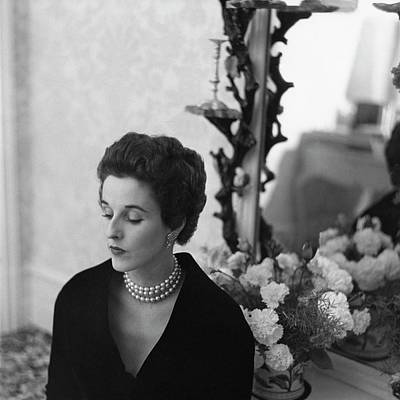 Babe Paley Looking Elegant In A Pearl Necklace Art Print by Frances  McLaughlin-Gill