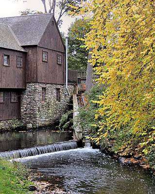 Photograph - Back Of The Plimoth Grist Mill  by Janice Drew