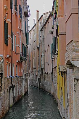 Photograph - Backstreet Venice Canal  by Tony Murtagh