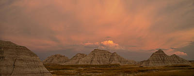 Badlands National Park Photograph - Badlands Softlight South Dakota by Steve Gadomski