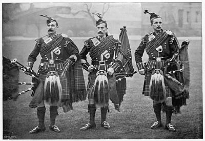 Bagpipes Wall Art - Photograph - Bagpipers Of The 1st Scots  Guards by Mary Evans Picture Library