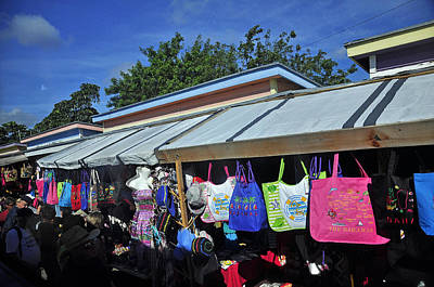 Photograph - Bahama Shopping by Helen Haw