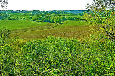 Baker Bluff Overlook On Mile 405 Of Natchez Trace Parkway-tennessee Art Print by Ruth Hager