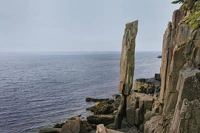 Balanced Photograph - Defiant by Alan Kepler
