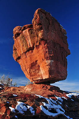 Balanced Rock At Garden Of The Gods With Snow Art Print