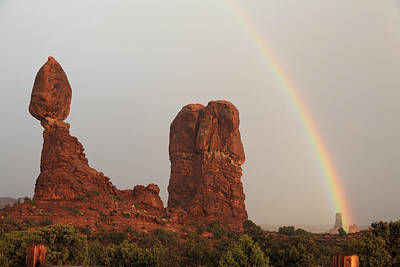 Photograph - Balanced Rock Rainbow by Alan Vance Ley