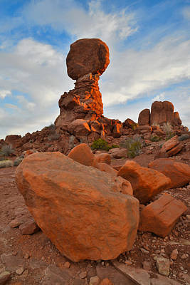 Photograph - Balanced Rock Sunrise by Ray Mathis