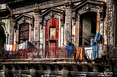 Balcony In Old Havana  Art Print