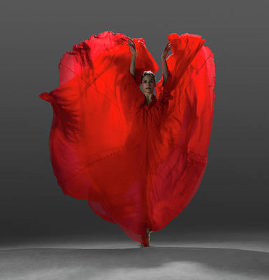 Dress Photograph - Ballerina On Pointe With Red Dress by Nisian Hughes