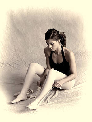 Dance Ballet Roses Photograph - Ballerina by Phyllis Taylor