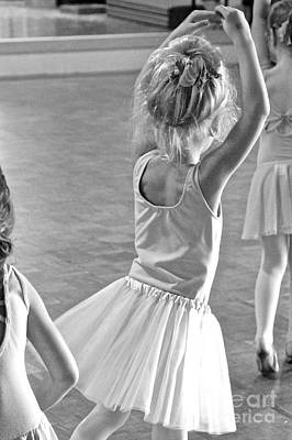 Photograph - Ballet Class 3 by Suzanne Oesterling