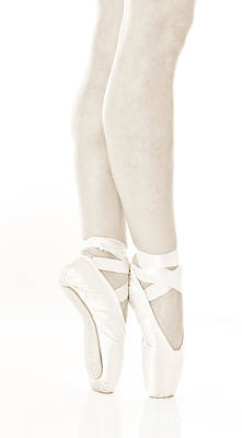 Ballet Dancing In Pointe 2 Art Print