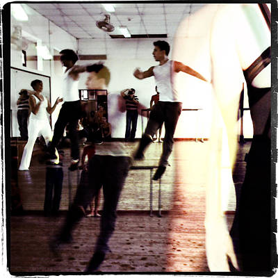 Photograph - Ballet Doble by Ann Tracy