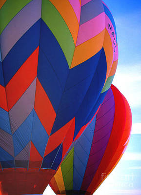 Balloon 11 Art Print by Rich Killion