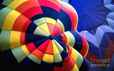 Balloon 20 Art Print by Rich Killion
