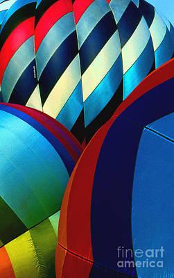 Balloon 9 Art Print by Rich Killion